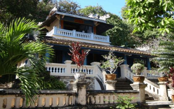 Không gian chùa Phù Dung Hà Tiên