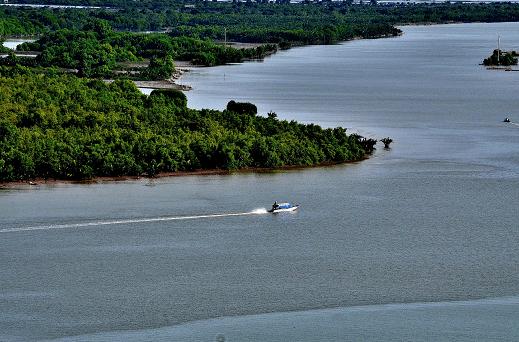 Đầm Đông Hồ có tiềm năng lớn cho du lịch sinh thái