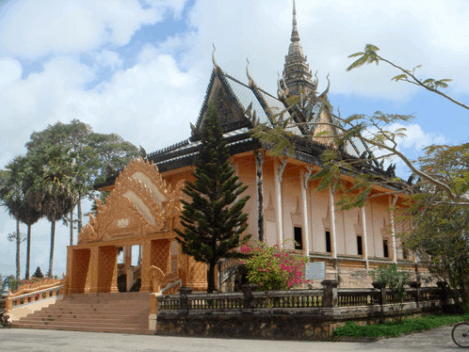Chùa Xiêm Cán thể hiện nét văn hóa tín ngưỡng, tập tục của người Khmer