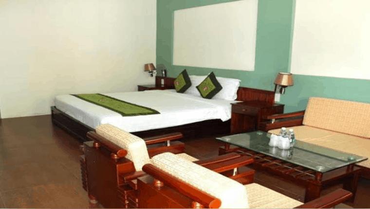 Phòng ngủ khách sạn Mỹ Lan