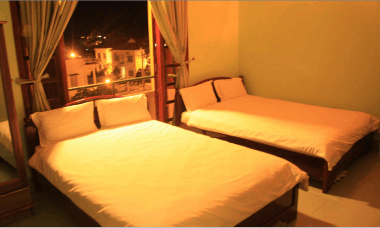 Phòng ngủ khách sạn Hoàng Hà
