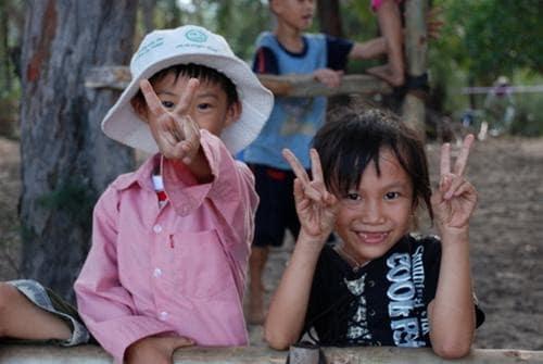 Nụ cười hồn nhiên, ánh mắt ngây thơ của các em nhỏ ở Bệnh viện phong - da liễu Quy Hòa (Ảnh ST)