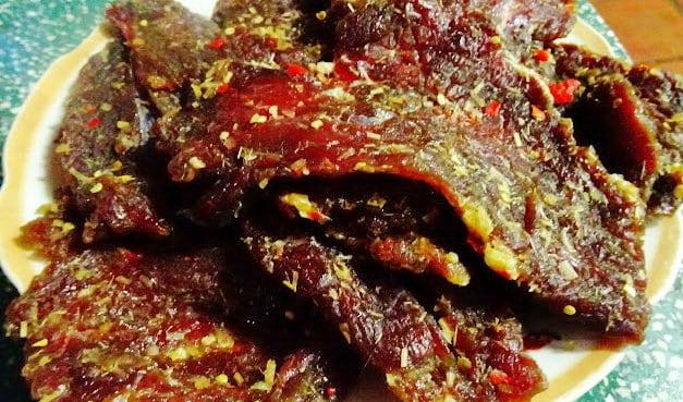 Bò khô một nắng - đặc sản Phú Yên (Ảnh ST)