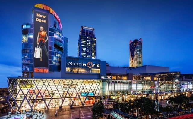 Central World là địa điểm mua sắm hàng hiệu lớn nhất tại trung tâm Bangkok (ẢNH ST)