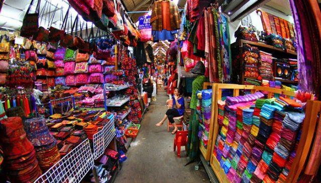Khu chợ cuối tuần nổi tiếng nhất ở Bangkok (ẢNH ST)