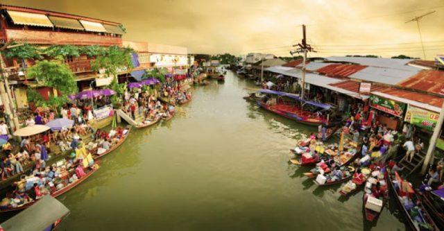 Nơi đây còn là một trong những khu chợ nổi có tiếng nhất về ẩm thực (Ảnh ST)