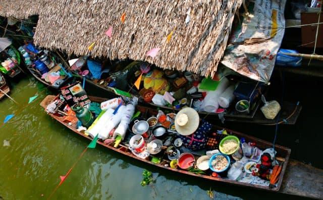 Chợ nổi Khlong Lat Mayom (Ảnh ST)