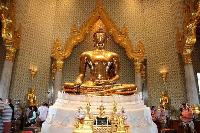 Người địa phương cho rằng bức tượng lớn nhất thế giới này biểu thị cho sự thịnh vượng và thuần khiết cũng như sức mạnh và quyền năng (Ảnh ST)