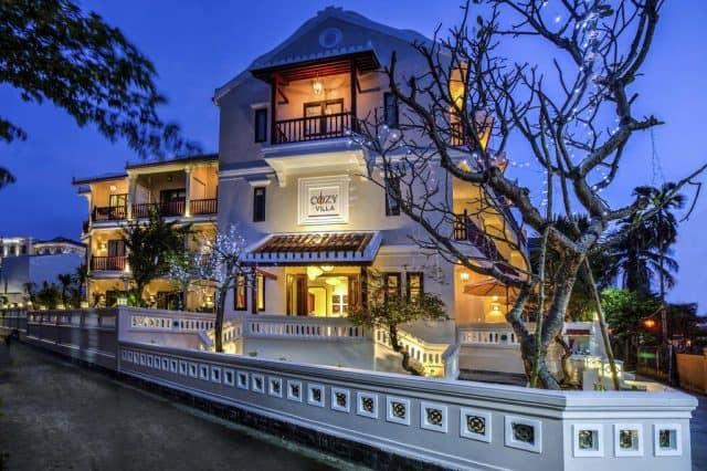 không gian nghỉ dưỡng tuyệt vời với đầy đủ tiện nghi từ phòng ốc cho đến dịch vụ nhà hàng ăn uống, wifi miễn phí phủ khắp Villa