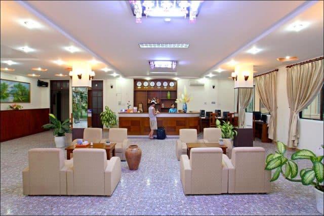 Sảnh tiếp khách của khách sạn (Ảnh ST)