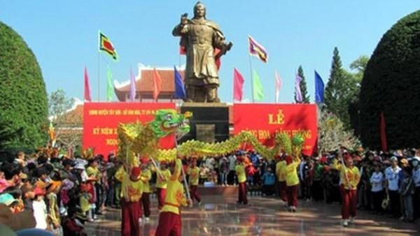 Lễ hội mang ý nghĩa to lớn nhằm tưởng nhớ đến vua Quang Trung và kỷ niệm chiến thắng trận Ngọc Hồi – Đống Đa lừng lẫy (Ảnh ST)