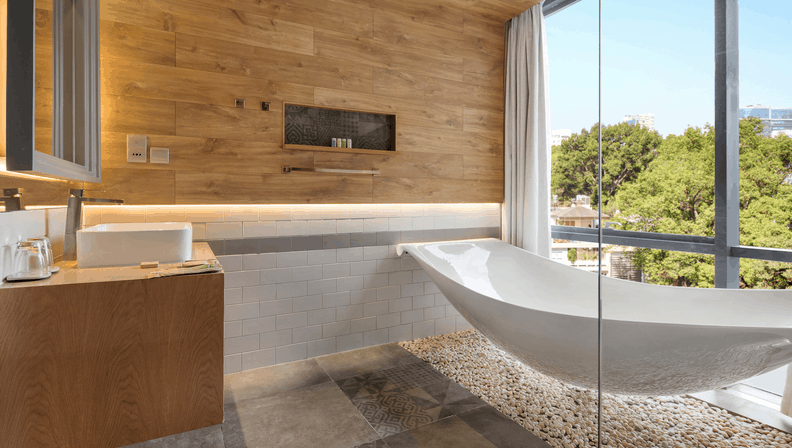 Không gian phòng tắm tại khách sạn Fusion Suites