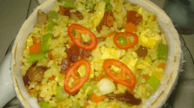 Hấp dẫn với món cơm dừa Bến Tre