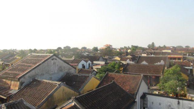 Khách sạn có view hướng ra phố Cổ (Ảnh ST)