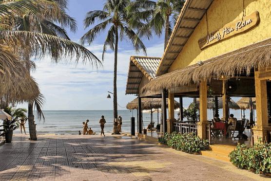 Khách sạn Nắng Hòn Rơm