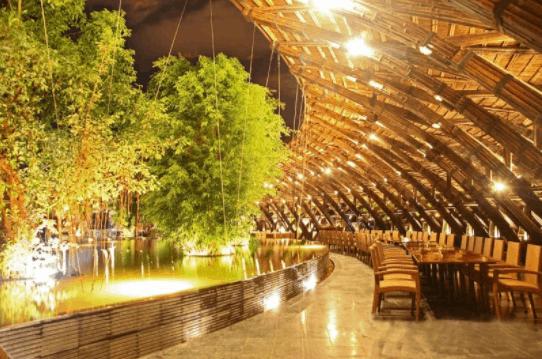 Không gian quán cafe Gió và Nước rộng rãi