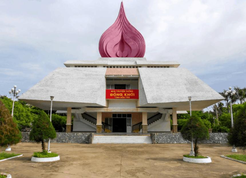 Khu di tích lịch sử Nhà truyền thống Đồng Khởi Bến Tre