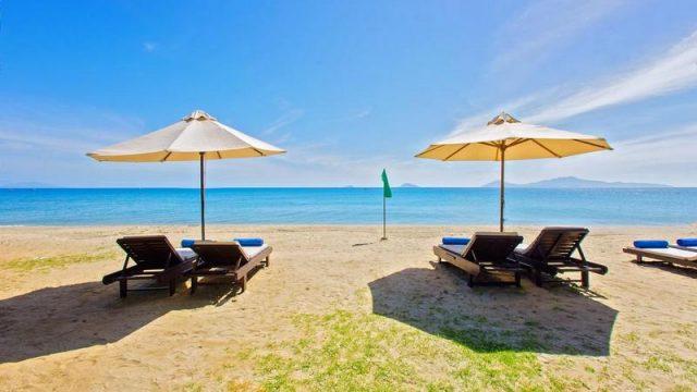 Tắm biển thoải mái với bãi tắm riêng (Ảnh ST)
