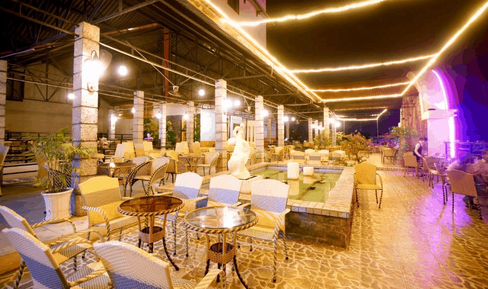 Khu nhà ăn cao cấp tại khách sạn Hàm Luông