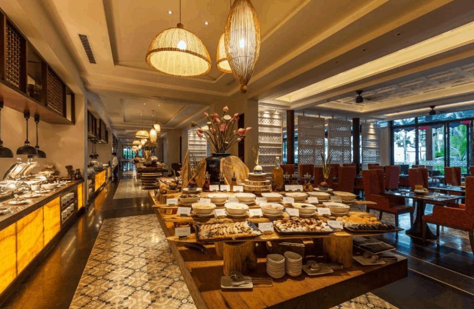 khu nhà hàng tại khu nghỉ dưỡng Salinda