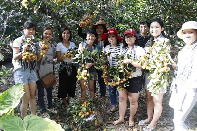 Lập team phượt vườn trái cây Quê Ta Bến Tre