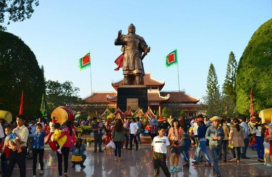 Lễ hội Đống Đa Tây Sơn Bình Định được tổ chức vào những ngày đầu xuân (mùng 4, mùng 5 Tết) (Ảnh ST)