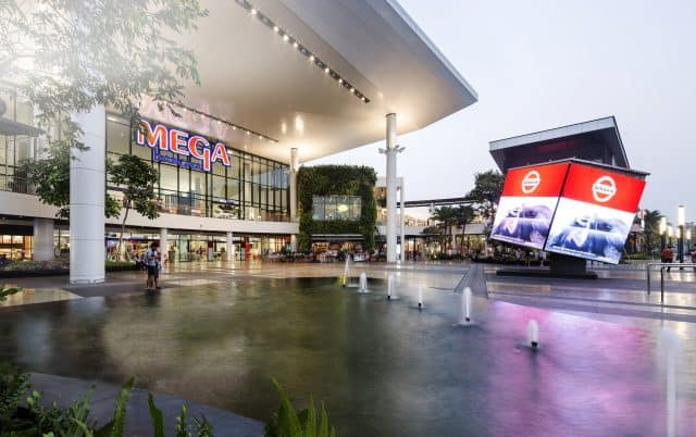 Tuy hơi xa trung tâm nhưng đây là một địa điểm mua sắm ở Bangkok cực đáng giá đấy (ẢNH ST)
