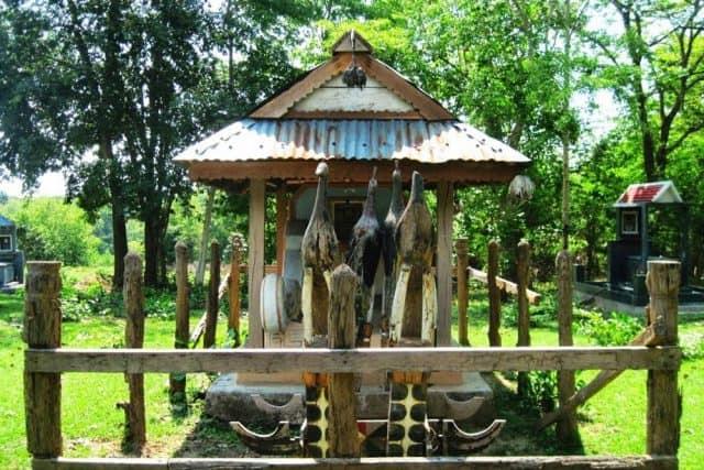 Mộ vua săn bắt Voi theo nét kiến trúc tâm linh của người dân tộc (ẢNH ST)
