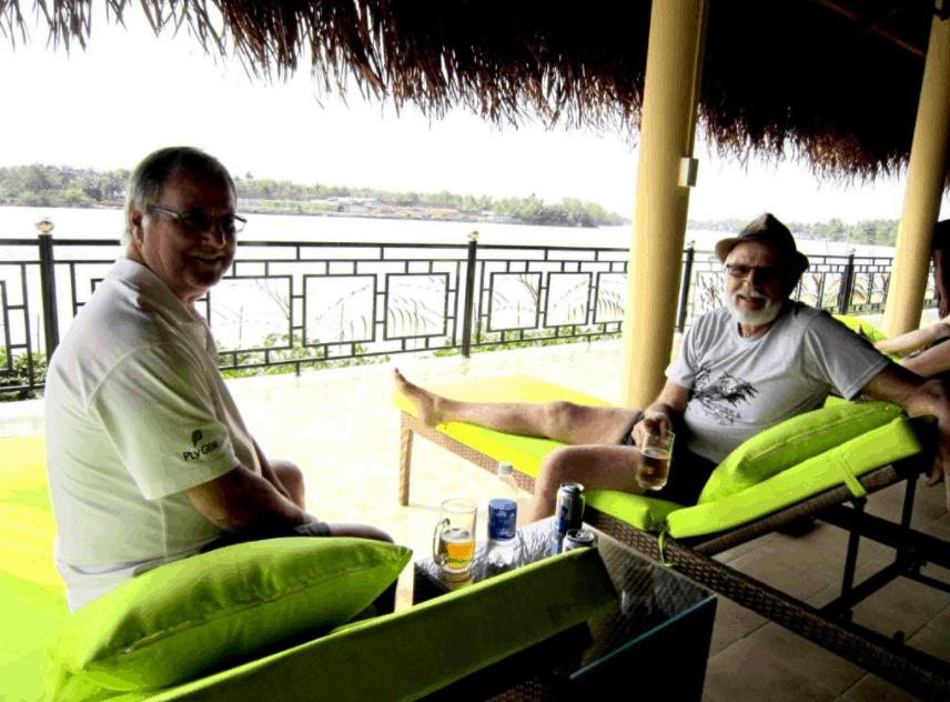 Nghỉ ngơi tại khách sạn Mango Home Riverside