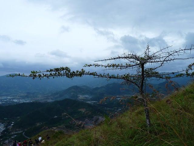 """leo núi cô tiên để """"chinh phục"""" thiên nhiên nha trang tuyệt đẹp"""