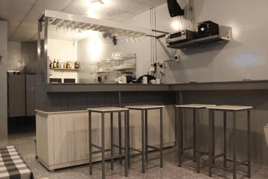 Quán bar mini trong khách sạn Sophi Hostel