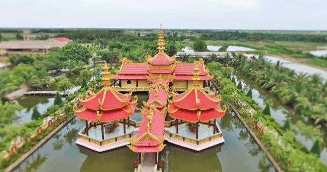 Toàn cảnh chùa Vạn Phước