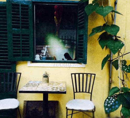 Tận hưởng không gian yên bình tại Hội Cafe
