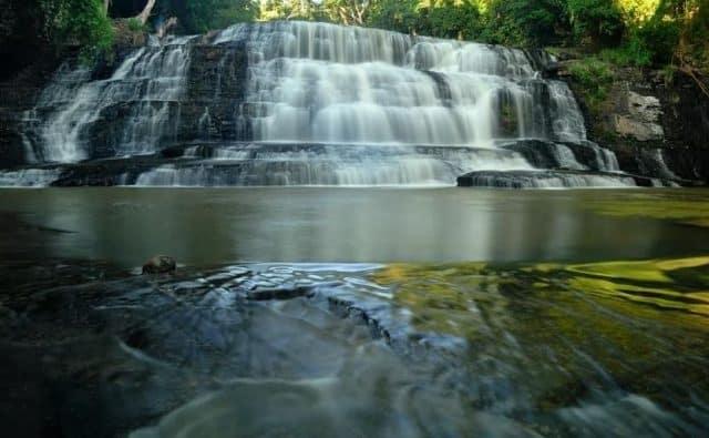 3 tầng thác dựa như dòng thác nhân tạo (ẢNH ST)