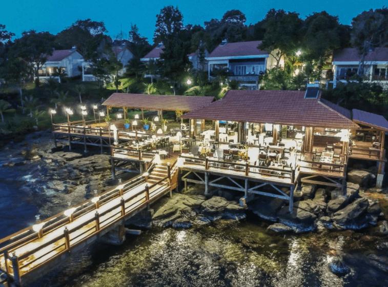 Thưởng thức món ăn ngon tại nhà hàng Sea Sense
