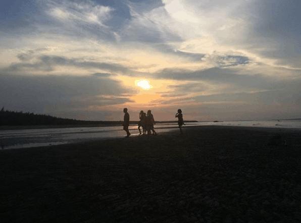 Vẻ đẹp bình dị của vùng biển Bình Đại