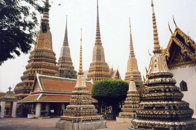 Ngôi chùa Wat Pho nằm ngay cạnh Grand Palace (ẢNH ST)