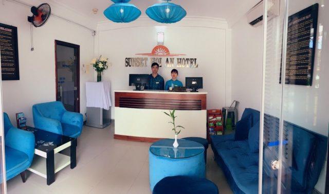 Sảnh tiếp khách trong SunSet - khách sạn ở Hội An gần Phố cổ (Ảnh ST)