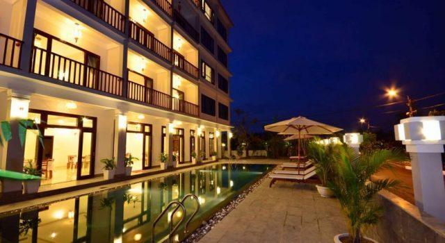 Khách sạn Sunshine Hội An lung linh về đêm (Ảnh ST)