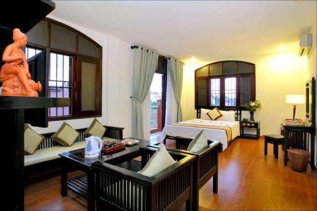 Phòng nghỉ sang trọng trong khách sạn Lantern (Ảnh ST)