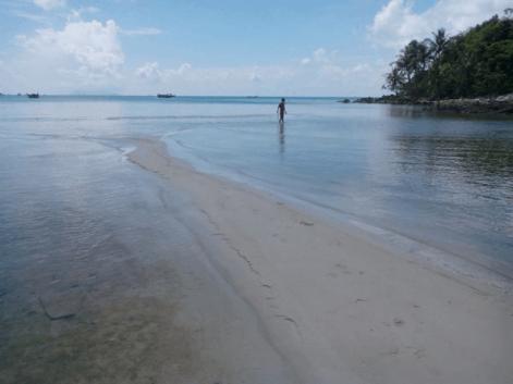 Hòn Hai Bờ Đập vẫn còn giữ được vẻ hoang vu, nguyên vẹn của một hòn đảo