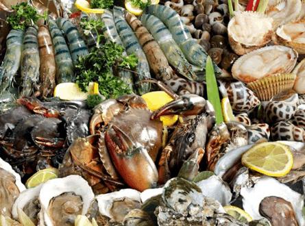 Hải sản tươi ngon ở vùng biển Mũi Nai