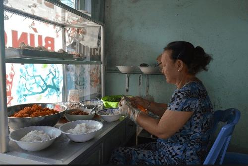 Những quán bún cá Kiên Giang bình dân