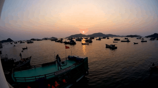 Sunset on Ngang island