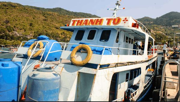 Tàu chậm Thanh Tú ra hòn Sơn Nam DU