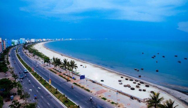 Bãi biển Đà Nẵng (Ảnh ST)