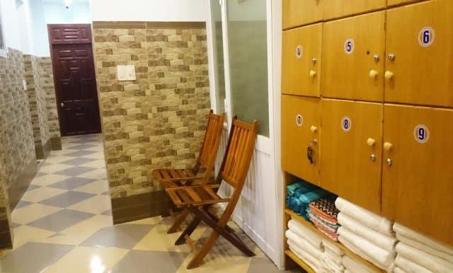 Có phòng tắm xông hơi khô cho bạn thư giãn (Ảnh ST)