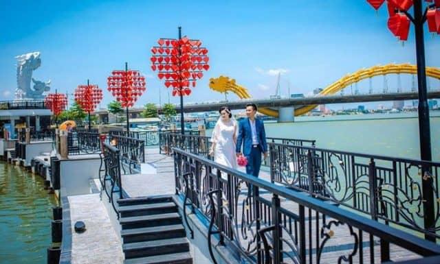 Cầu Tình Yêu vô cùng lãng mạn tại Đà Nẵng (Ảnh ST)