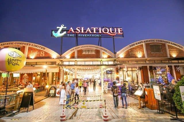 Chợ đêm nổi tiếng ở Bangkok (Ảnh ST)