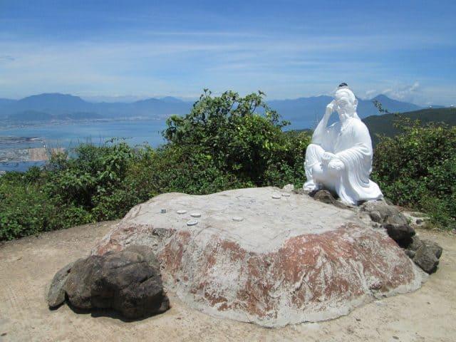 Đỉnh Bàn Cờ - địa điểm du lịch hấp dẫn tại Đà Nẵng (Ảnh ST)